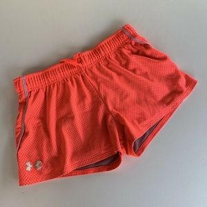 Under Armour HeatGear Girls Active Shorts Coral YL